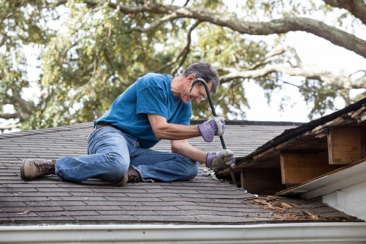 How Much Does It Cost to Fix a Leaky Roof?